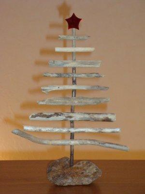 Bricolage de saison mes petites croix for Bricolage mobile en bois flotte