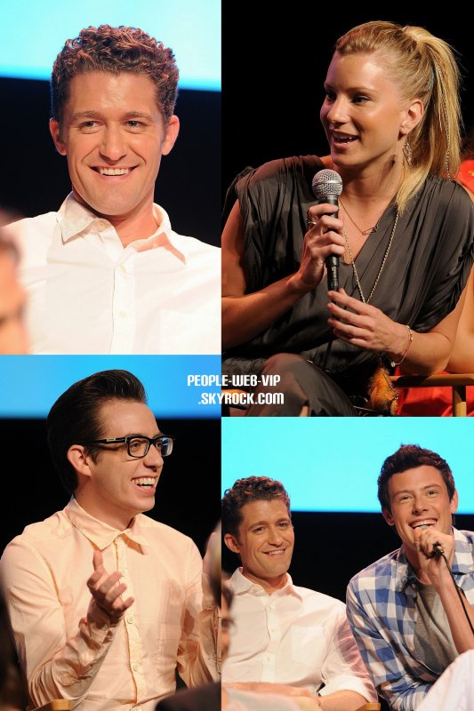 &gt; Glee Cast   Les stars de Glee sont arriver au Glee Academy screening and Q&amp;A (mercredi (4 mai)  Hollywood.) 