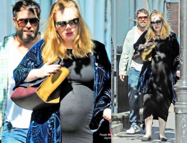 Adele enceinte  Son ventre arrondi en photo