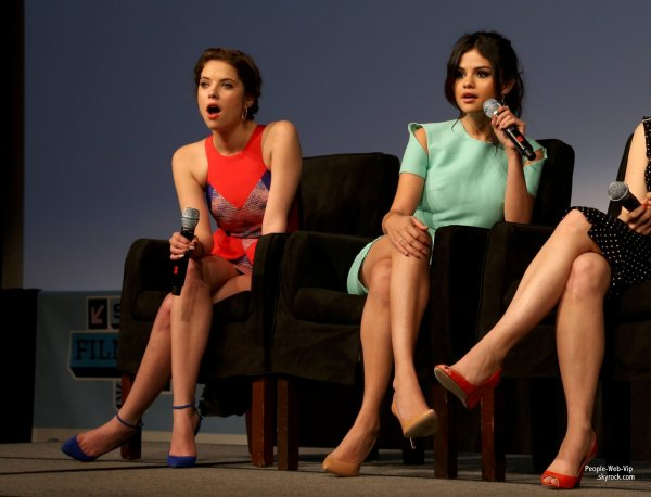 Selena Gomez, Rachel Korine et Ashley Benson assistent � la s�ance de photos pour son film Spring Breakers au Festival SXSW Film 2013  (� Austin Convention Center, le lundi (Mars 11) � Austin, au Texas .)
