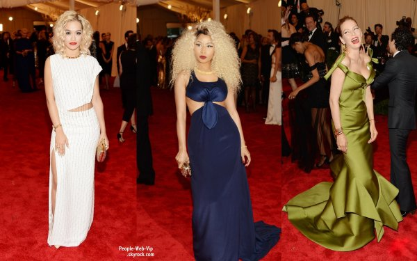    LE TAPIS ROUGE DE LA CRMONIE DES MET GALA 2013 ! OU TROUVER LES PIRES LOOKS DES STARS ? C'EST BIEN AU MET GALA !   Le pire look est attribu a Miley Cyrus ! Les autres stars sur le tapis rouge : Rosie Huntington Whiteley,  Miranda Kerr, Kylie Minogue, Rita Ora, Nicki Minaj et Uma Thurman. (au Metropolitan Museum of Art, le lundi (le 6 mai)  New York.) 